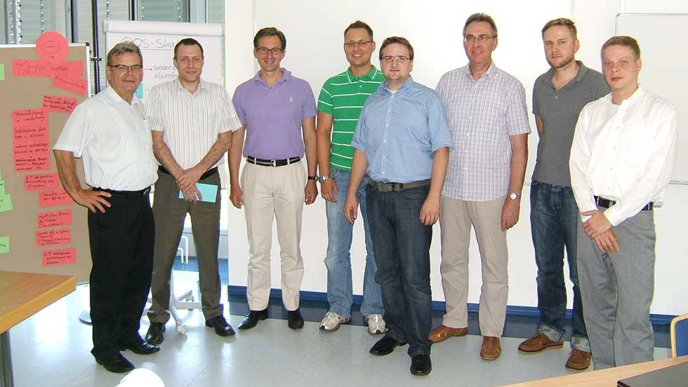 Gruppenfoto aller Teilnehmer der Moderatorenschulung für die Wissensbilanz